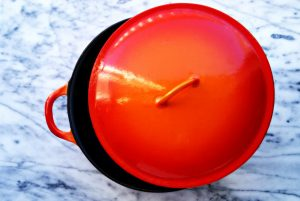 vintage-dutch-oven-descoware
